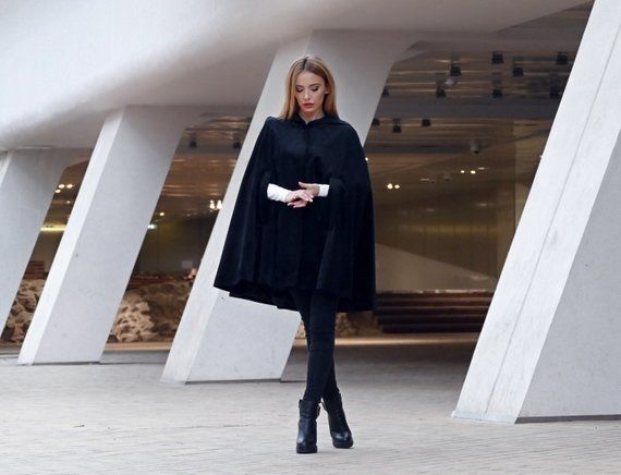 Cape silhouette - Elegant and stylish! List of 20 handmade fashion outfits