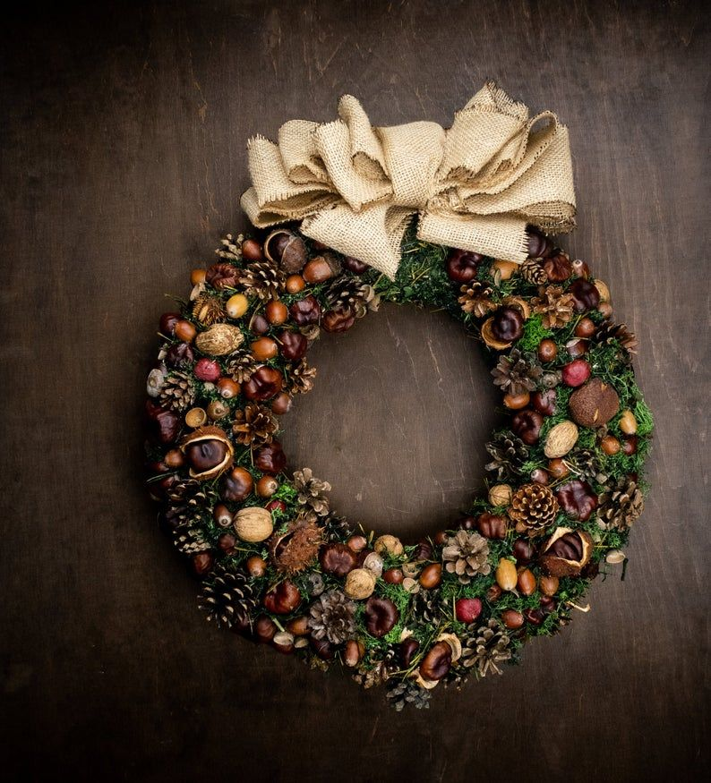 Invite Christmas to you home with handmade Christmas wreath
