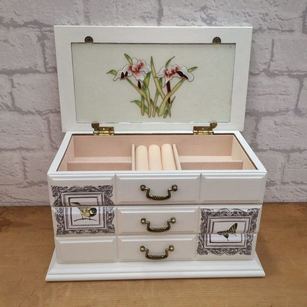 25 handmade jewelry boxes. New home for your treasures